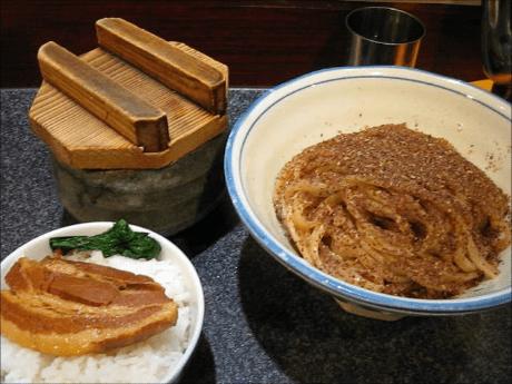 「烈志笑魚油 麺香房 三く」(ラーメン・つけ麺/大阪・福島)