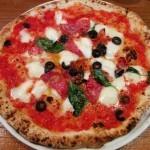 大衆イタリア食堂アレグロ 天満店(大阪・天満、扇町)ピザ