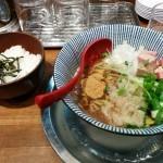 ラーメン 豚きん(大阪・都島)豚ニボまぜそば・濃厚とんこつラーメン