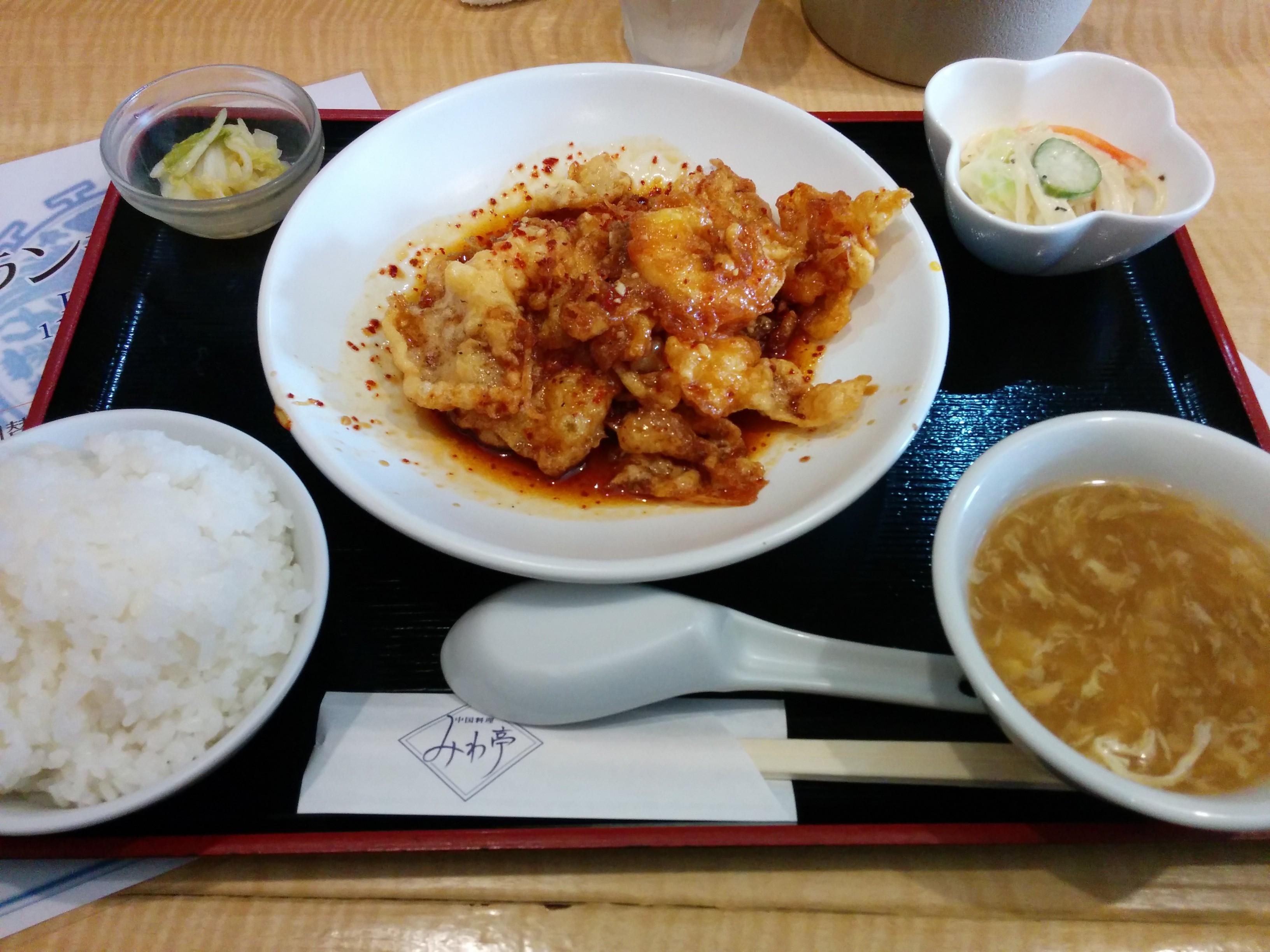 みわ亭(大阪・福島)中華料理