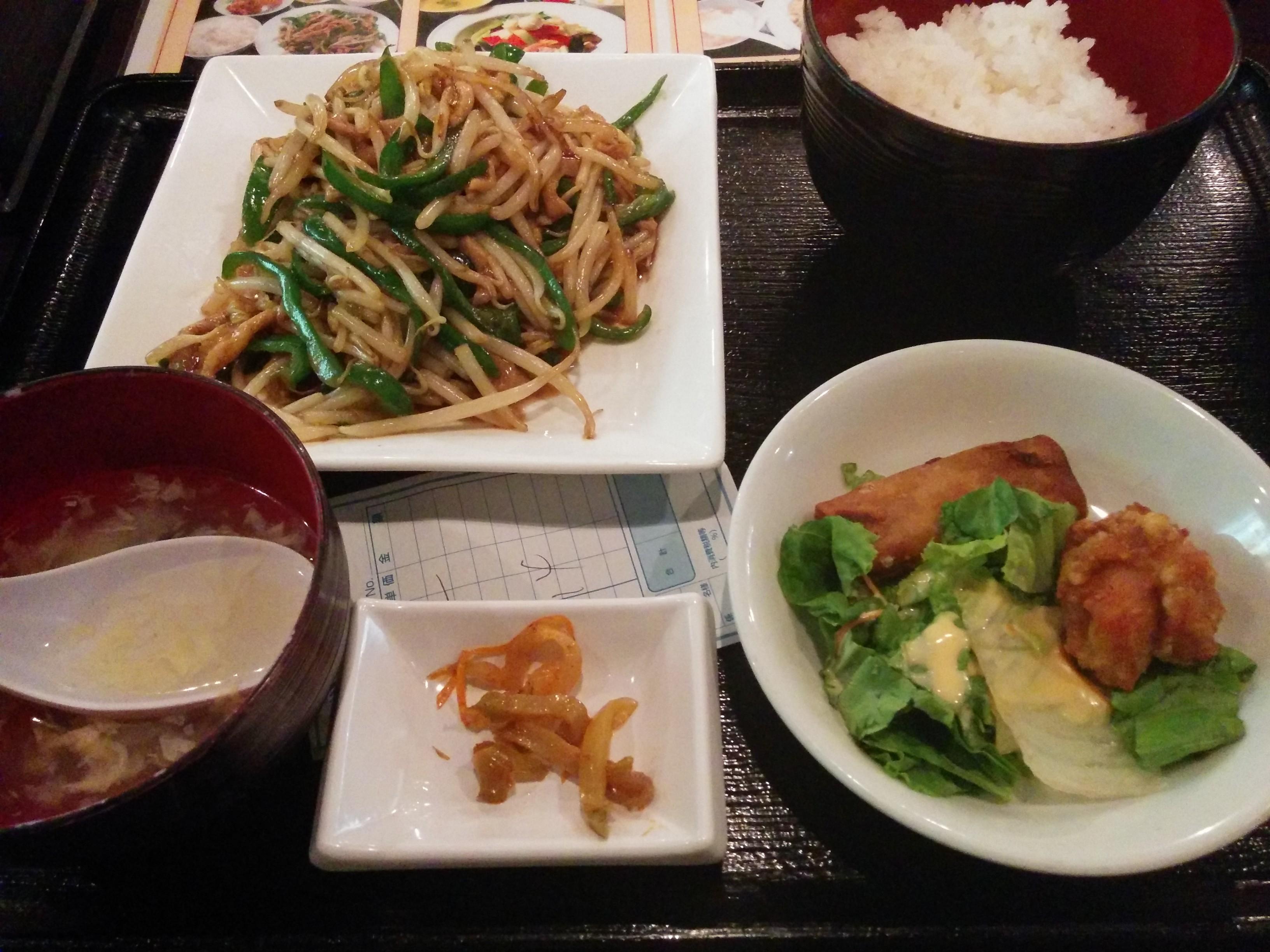 美食天地 遙華(大阪駅前第3ビルB2)中華料理