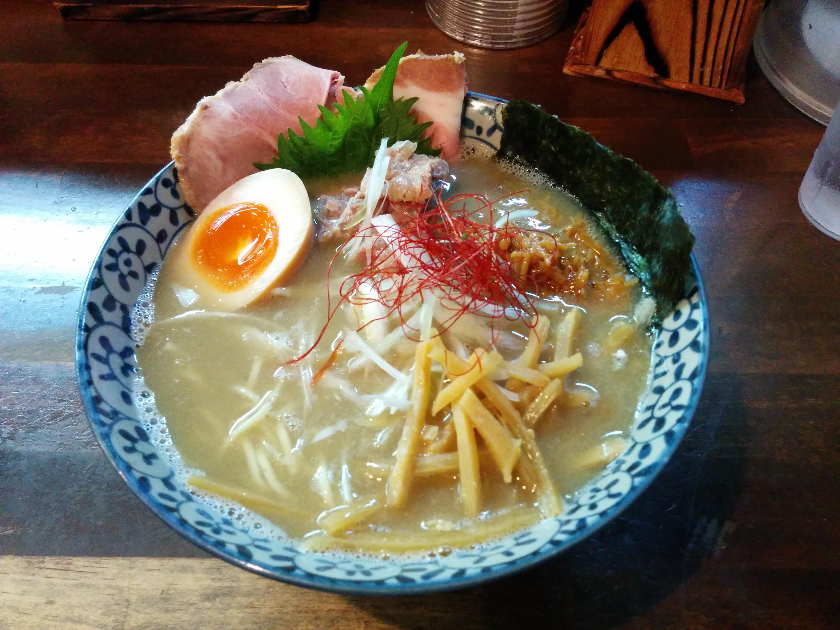 縁乃助商店(大阪・淡路)ラーメン・まぜそば・つけ麺