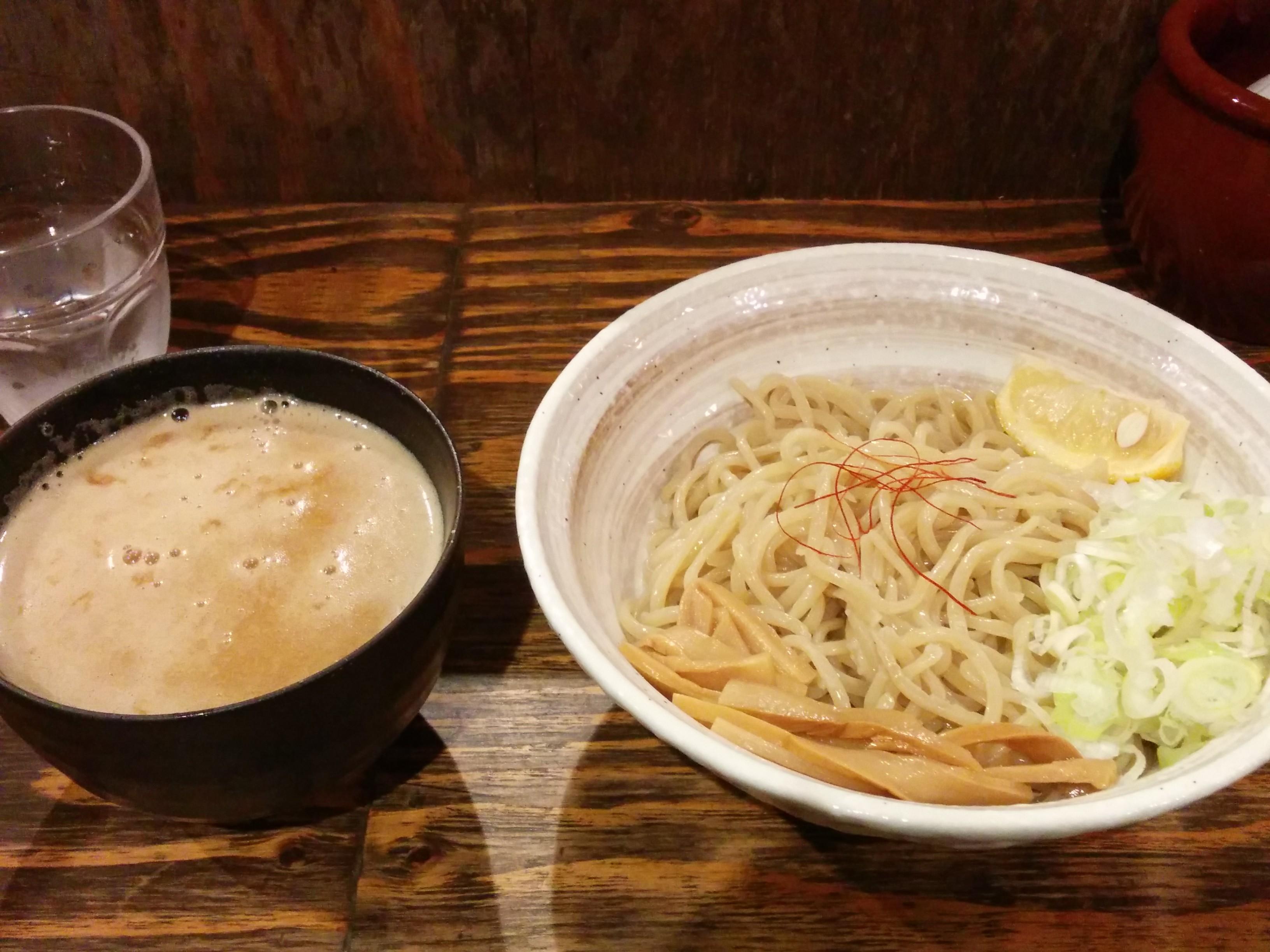 西中島光龍益(大阪のラーメン・つけ麺)