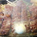 1ポンドのステーキ・ハンバーグ タケル 29日は肉の日でワンコイン