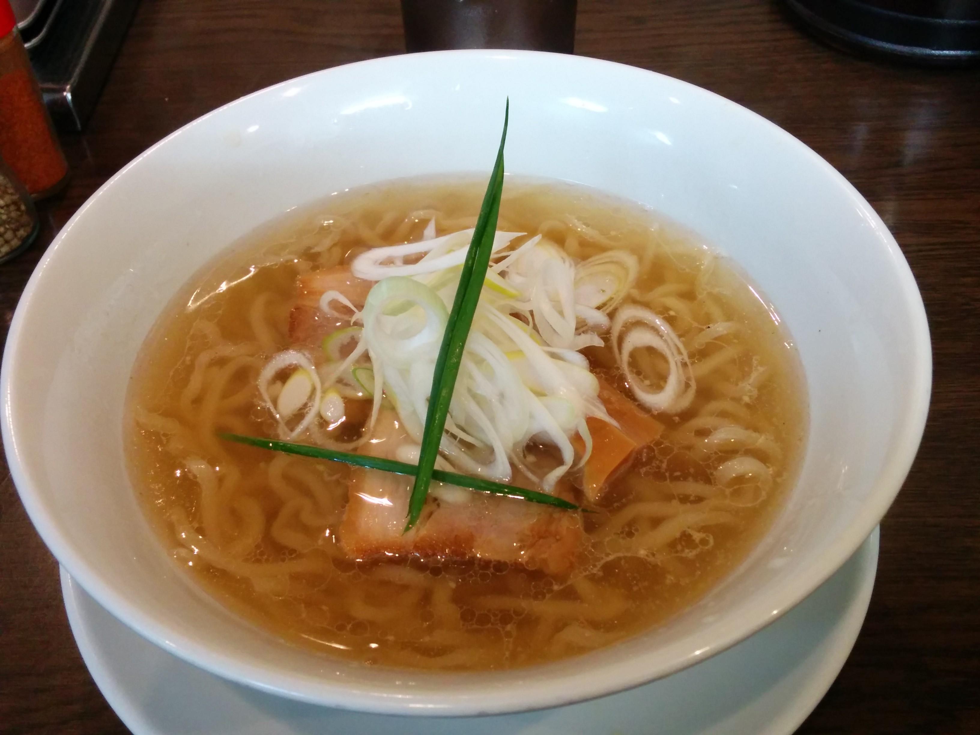 手打ち麺 やす田(新大阪)塩ラーメン