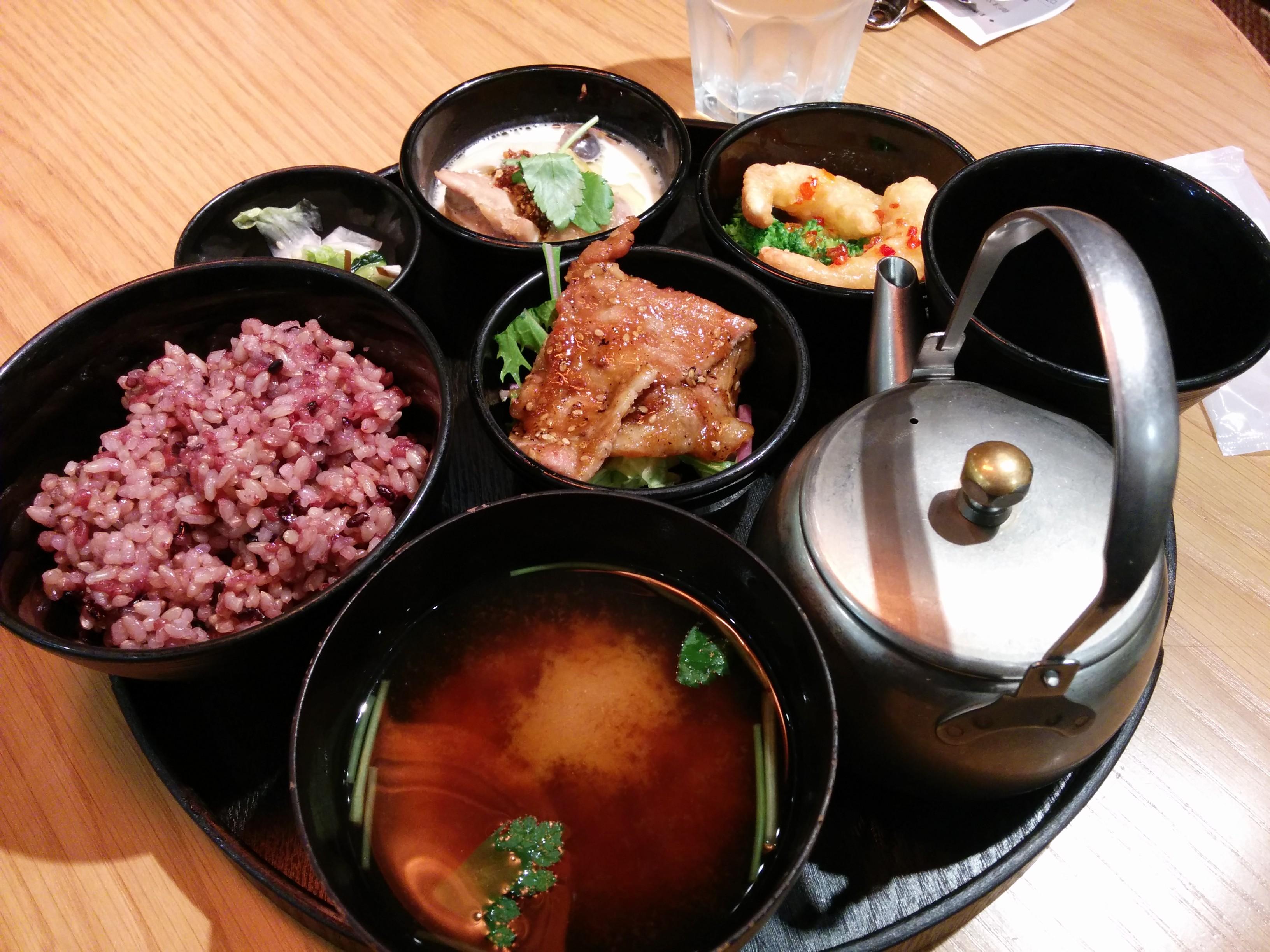 女の子が好きな落ち着くカフェ飯in梅田