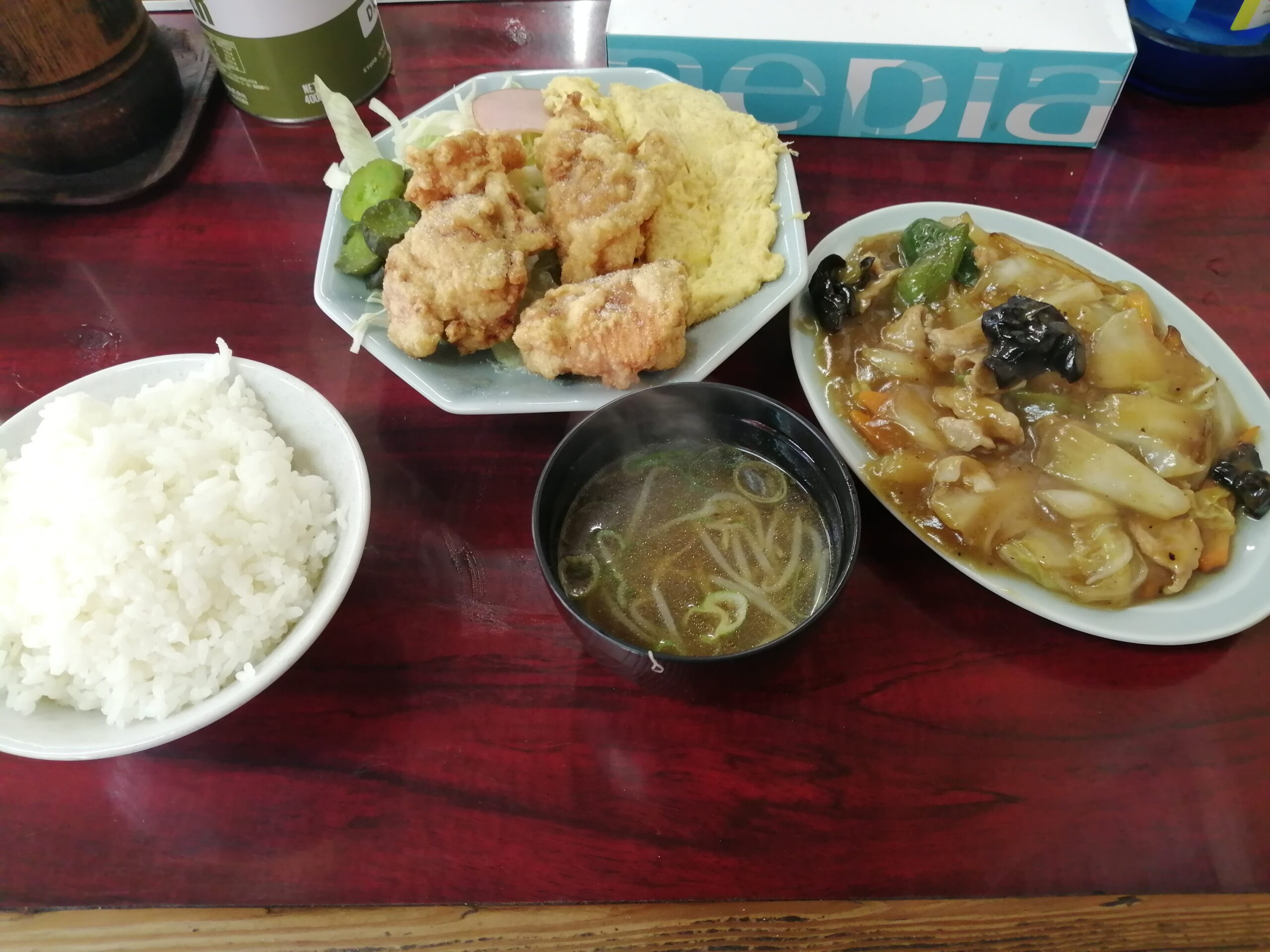 味園(大阪・三国)町中華 味園定食750円